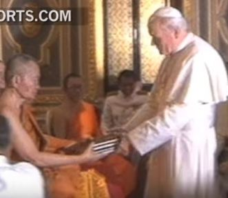 Pope visit Buddhist temple Jan 2015 B