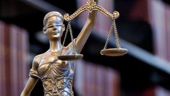 lady-justice-blindfolded_55d3389af74020f6